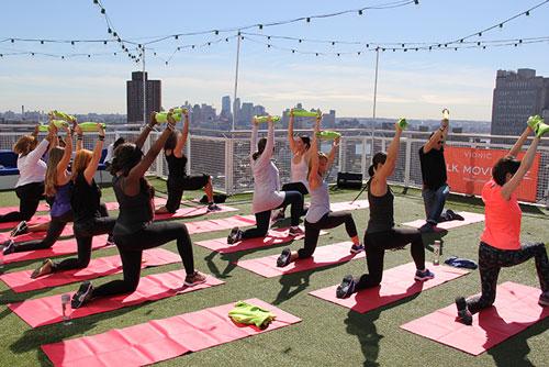 ZenFitness30: Juliet Kaska leading an exercise sequence