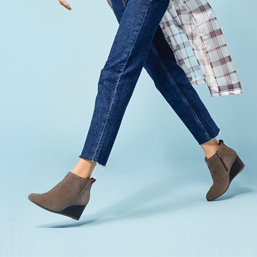 See how to style our Paloma Wedge Boot thanks to these tips created by ELLE for Vionic.