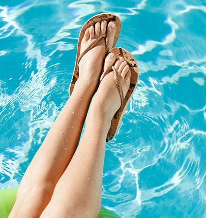 Резултат со слика за photos of  women beach flip flop
