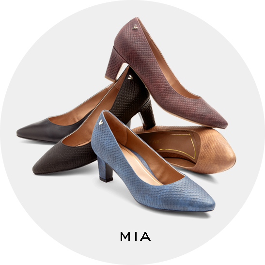 Mia Block Heel in Black